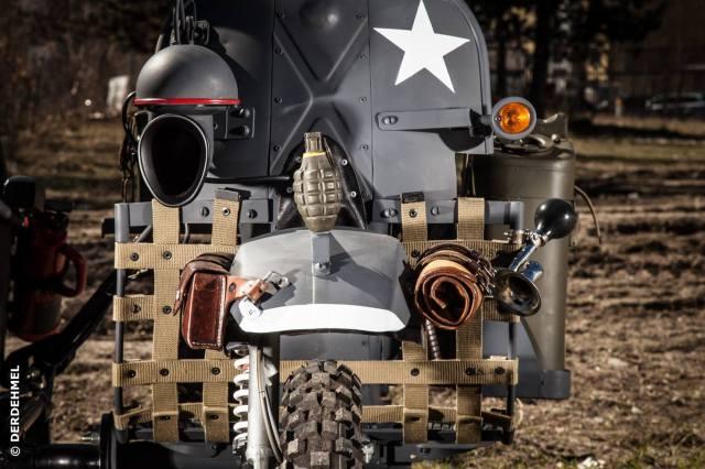 Vespa_200_px_warhawk_5