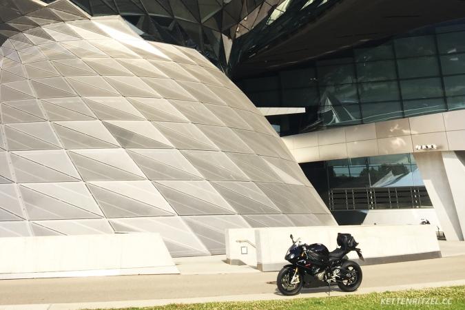 KRCC_Alpenblitz2016_Abholung_BMW_Welt